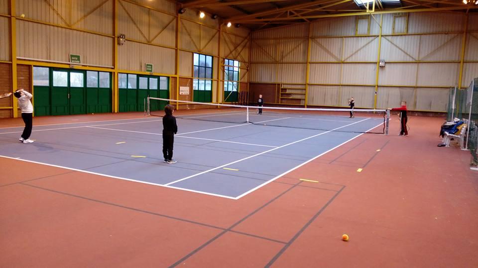 école de de tennis de l'OCL Neuvile-en-Ferrain